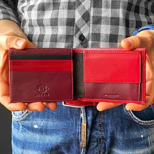 Красный мужской кошелек